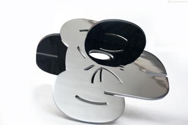 124 - Simio V - Acasala Simio - Aco cromado e aço bruto e verniz - 46x56cm - 2014 Liria Varne